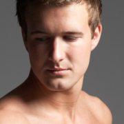 Pulizia viso (con acido mandelico)-uomo